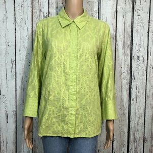 Coldwater Creek Green Coral Print Button Up Shirt